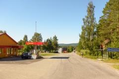 Rödåsel bränslepump och busshållplats